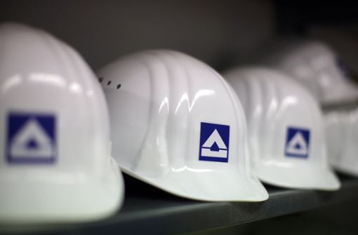 Baukonzern mit prall gefüllter Kasse auf Übernahmekurs