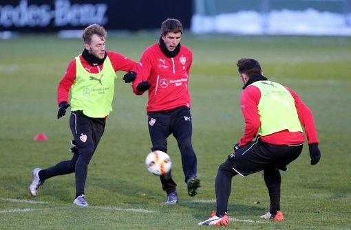 Der VfB Stuttgart gastiert zum Rückrundenauftakt in Köln. Am Montagnachmittag trainierten die Profis auf dem Clubgelände – wir haben die Bilder. Foto: Pressefoto Baumann