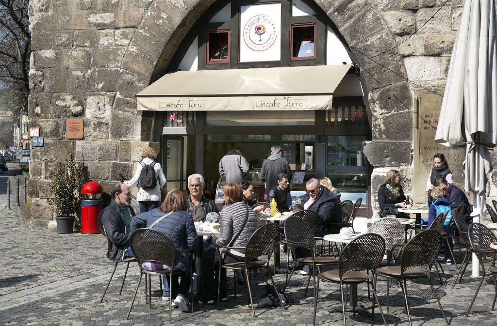 c927dafc5e9c38 ... in Esslingen Neuer Biergarten lockt an den Neckarkanal. Eiscafé La  Torre  Hier gibt es das klassische Eisdielensortiment von Speiseeis bis  Espresso.