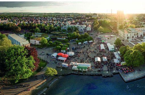 Das Juni-Motiv des Kalenders zeigt die Ausländische Nacht auf dem Marktplatz. Foto: Benni Sauer