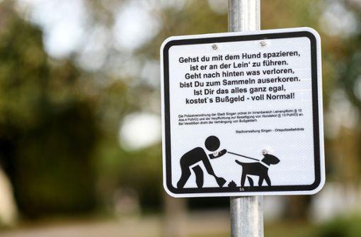 Mit Reimen gegen Hundekot - Stadt Singen setzt auf Schilder
