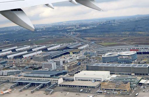 Debatte über Flughafenbahnhof gefordert