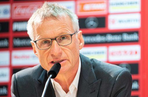 Michael Reschke denkt über Winter-Verstärkungen für den VfB Stuttgart nach. Foto: dpa