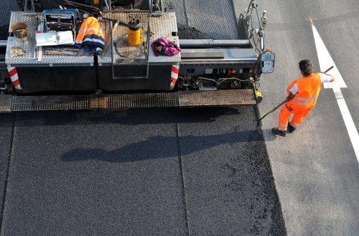 Mehr als 170 Millionen Euro gibt das Land dieses Jahr für den Straßenbau aus Foto: dpa