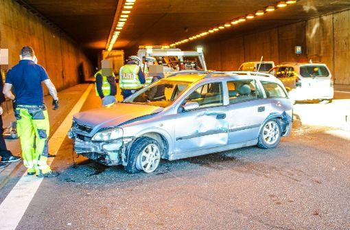 Gleich drei Unfälle legen Verkehr auf der Autobahn lahm