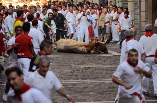 Stierhatz in Pamplona zieht auch Frauen an