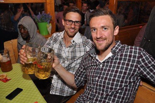 VfB feiert auf dem Wasen in den Mai