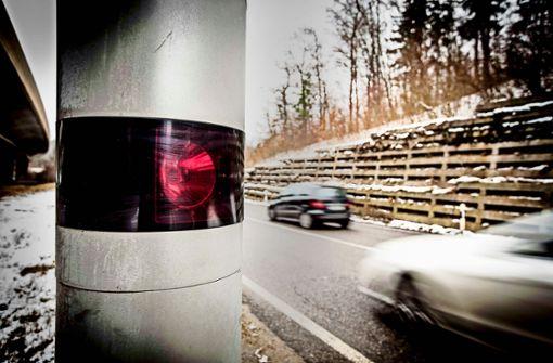 Zahl von Lkw- und Motorradunfällen steigt wieder