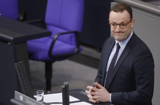 Gesundheitsminister Spahn kündigt höhere Beiträge an