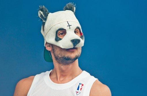 Rapper Cro gibt seine Panda-Maske her