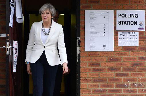 Briten-Wahl bewegt Finanzmärkte kaum - Pfund gibt nach