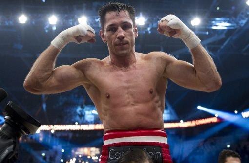 Boxer Sturm bleibt Superweltmeister