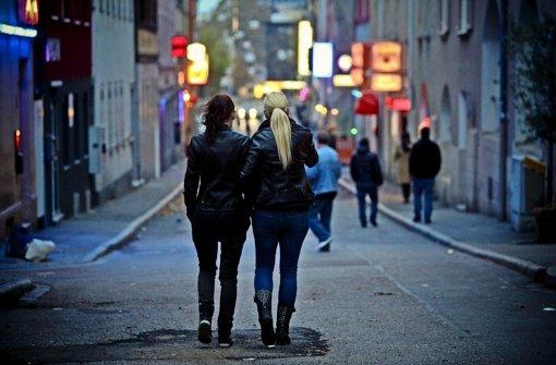 Die Stadt will die Prostitution im Leonhardsviertel eindämmen Foto: Peter Petsch