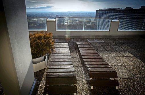 stuttgarter entdeckungen das hallenbad ber den wolken stuttgart stuttgarter nachrichten. Black Bedroom Furniture Sets. Home Design Ideas