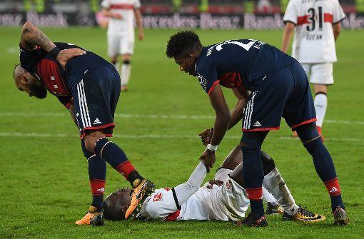 VfB- und Bayern-Kollegen trösten den tragischen Helden