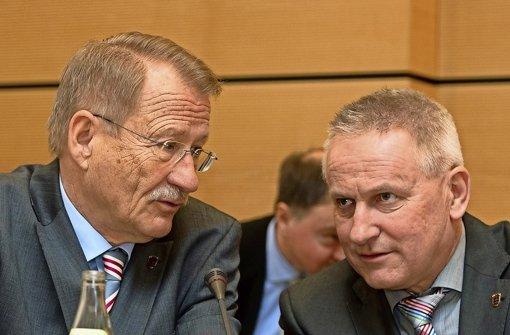 Wolfgang Drexler (links, SPD), ist Vorsitzender des NSU-Untersuchungsausschusses im baden-württembergischen Landtag, Thomas Blenke (CDU) ist stellvertretender Vorsitzender. Foto: dpa