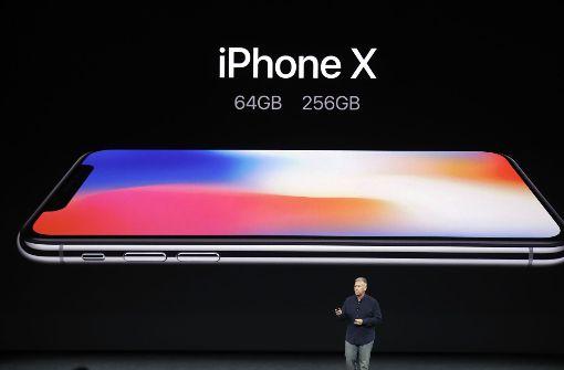Das Apple-Flaggschiff kommt in zwei Speicher-Versionen: Die kleine mit 64 Gigabyte und die große mit 256 Gigabyte. Foto: AP