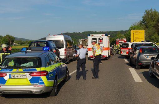 Die B29 musste über Stunden voll gesperrt werden. Foto: 7aktuell.de/Simon Adomat