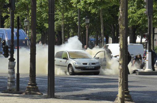 Angreifer von Champs-Elysées war IS-Anhänger