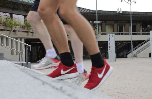 Im Atrium der Schwabenlandhalle befindet sich Start und Ziel des Stadtlaufs. Foto: Patricia Sigerist