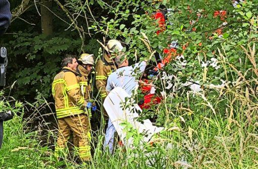 Binnen einer Viertelstunde hatten die Rettungskräfte das Wrack erreicht. Foto: