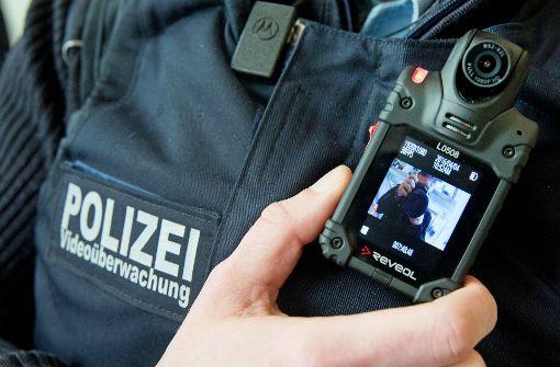 Körperkameras sollen Polizisten besser schützen