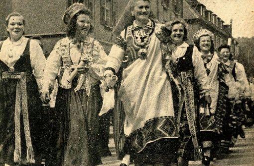 So wie vor 70 Jahren, wird auch beim lettischen Sängerfest 2017 Folklore auf Esslingens Straßen zu sehen sein. Foto: privat