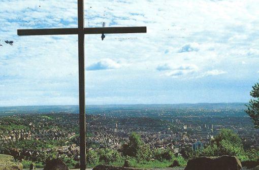 Bis 2003 stand ein Holzkreuz auf dem Gipfel... Foto: Sammlung Wibke Wieczorek