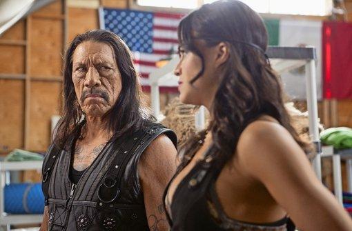 Danny Trejo als Machete und Michelle Rodriguez als Luz in Machete Kills. Foto: Universum