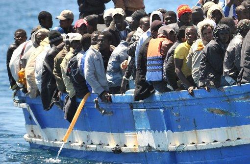Zahl der Toten bei Untergang von Flüchtlingsboot steigt
