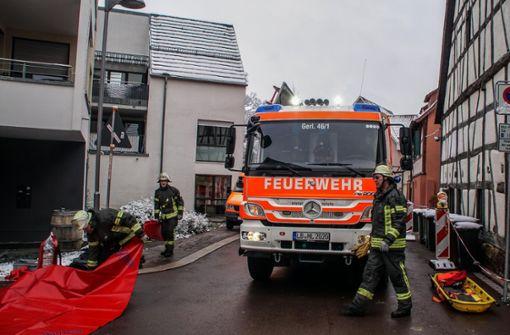 Zahlreiche Feuerwehrleute sind im Einsatz. Foto: SDMG