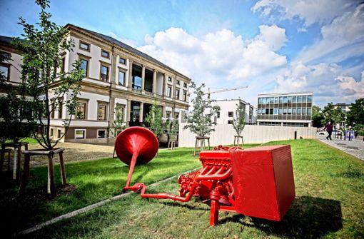 Roter Trichter mit Knalleffekt Foto: Lichtgut/Leif Piechowski