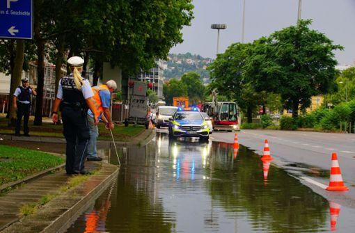 Das Wasser soll bis zu 15 Zentimeter hoch gestanden haben. Foto: Andreas Rosar Fotoagentur-Stuttg