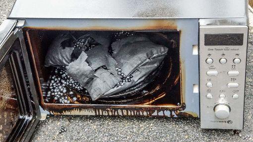 Feuerwehreinsatz: Mikrowelle raucht