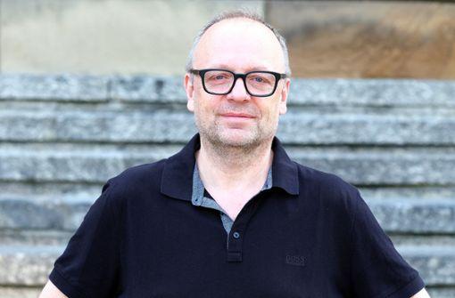 Burkhard C. Kosminski (56) setzt in Stuttgart auf einen Mix aus Klassikern und zeitgenössischer Dramatik. Foto: dpa