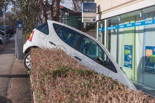 In Stuttgart-Münster hat eine 84-Jährige Probleme beim Einparken. Foto: www.7aktuell.de | Frank Herlinger