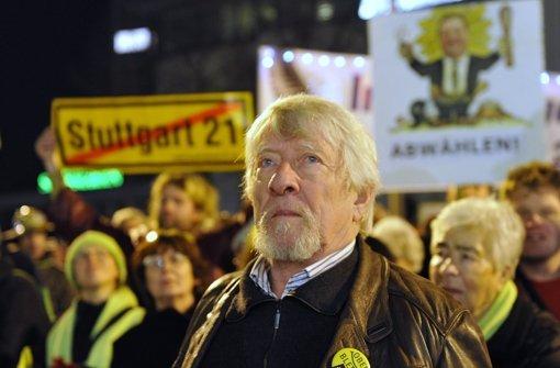 Gangolf Stocker als Versammlungsleiter einer Großdemonstration Foto: Kraufmann