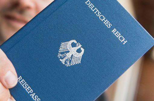 Sogenannte Reichsbürge erkennen die Bundesrepublik nicht an und sorgen am Amtsgericht Stuttgart für Unruhe. Foto: dpa