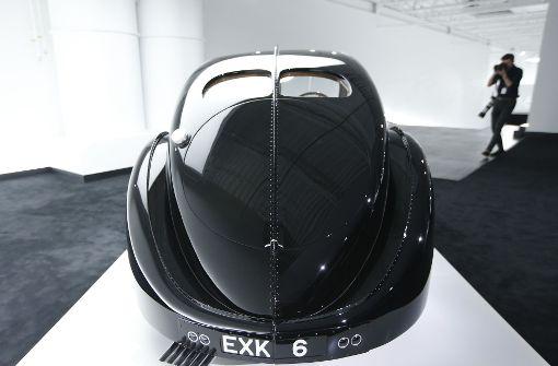 In der Garage des Modeschöpfers steht zum Beispiel ein Bugatti Type 57SC Atlantic. Foto: AP