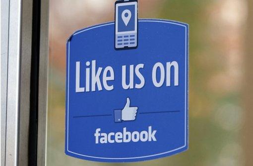 Verbraucherzentralen verklagen Facebook