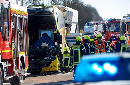 Schwerer Unfall auf der Autobahn bei Limburg. Foto: dpa