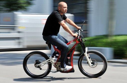 Eine Änderung der Straßenverkehrsordnung soll schnellen E-Bikes neue Wege eröffnen. Foto: dpa