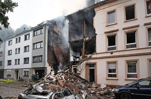 Mindestens fünf Menschen bei Explosion verletzt