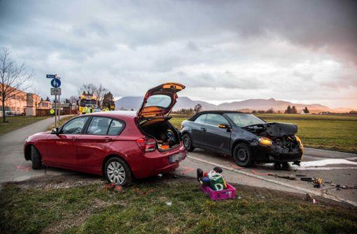 Der Fahrer hatte offenbar nicht bemerkt, dass das Auto vor ihm... Foto: SDMG