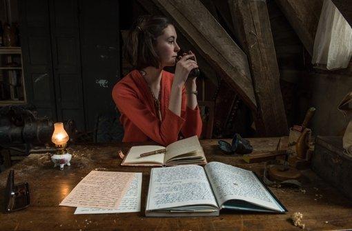 So viele Gedanken und immer die selbe Frage: Wieso ich, Anne Frank? Foto: Universum