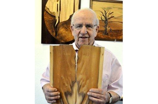 Künstler lässt sich vom Holz inspirieren