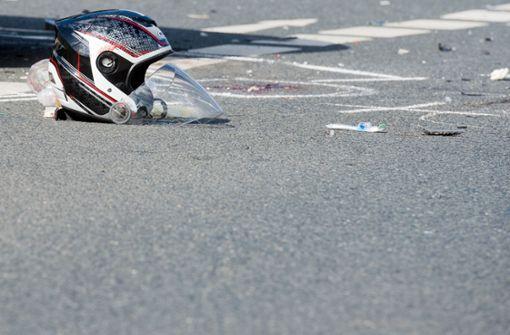 Autofahrerin wendet – und erwischt Biker