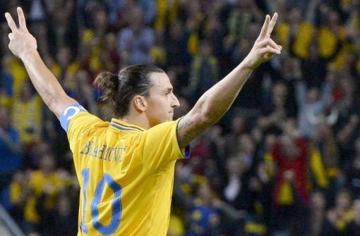 So jubelte Zlatan Ibrahimvoc im November 2012 über sein Traumtor gegen England. Foto: dpa