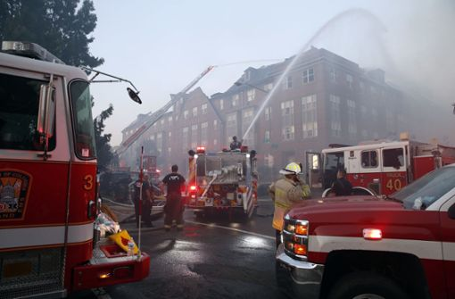 74-Jähriger überlebt fünf Tage in ausgebranntem Seniorenheim