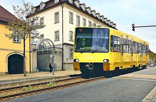Ein Zukunftstraum, der so fern nicht mehr erscheint: Eine Stadtbahn, die Ludwigsburg und Stuttgart verbindet. Foto: factum, Montage Scheyhing
